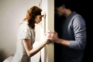 Как спасти брак если женщина раздражает